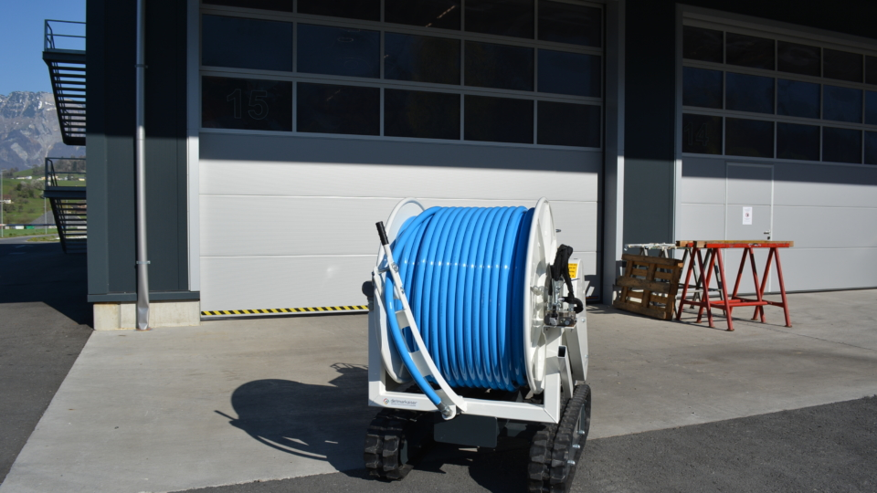 Tracked Jetting Reel